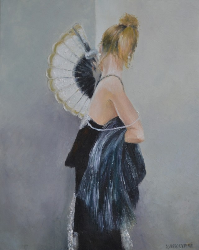 Lady with fan