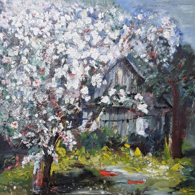 White Apple Tree