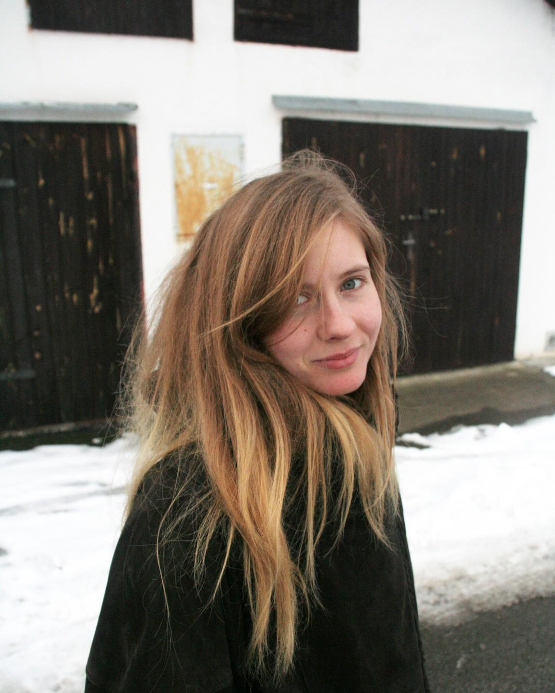Mone Kielė